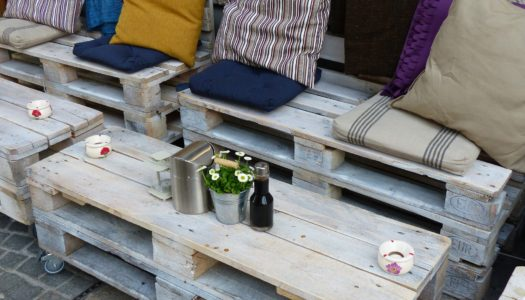 DIY Ein Gartentisch aus Holzpaletten
