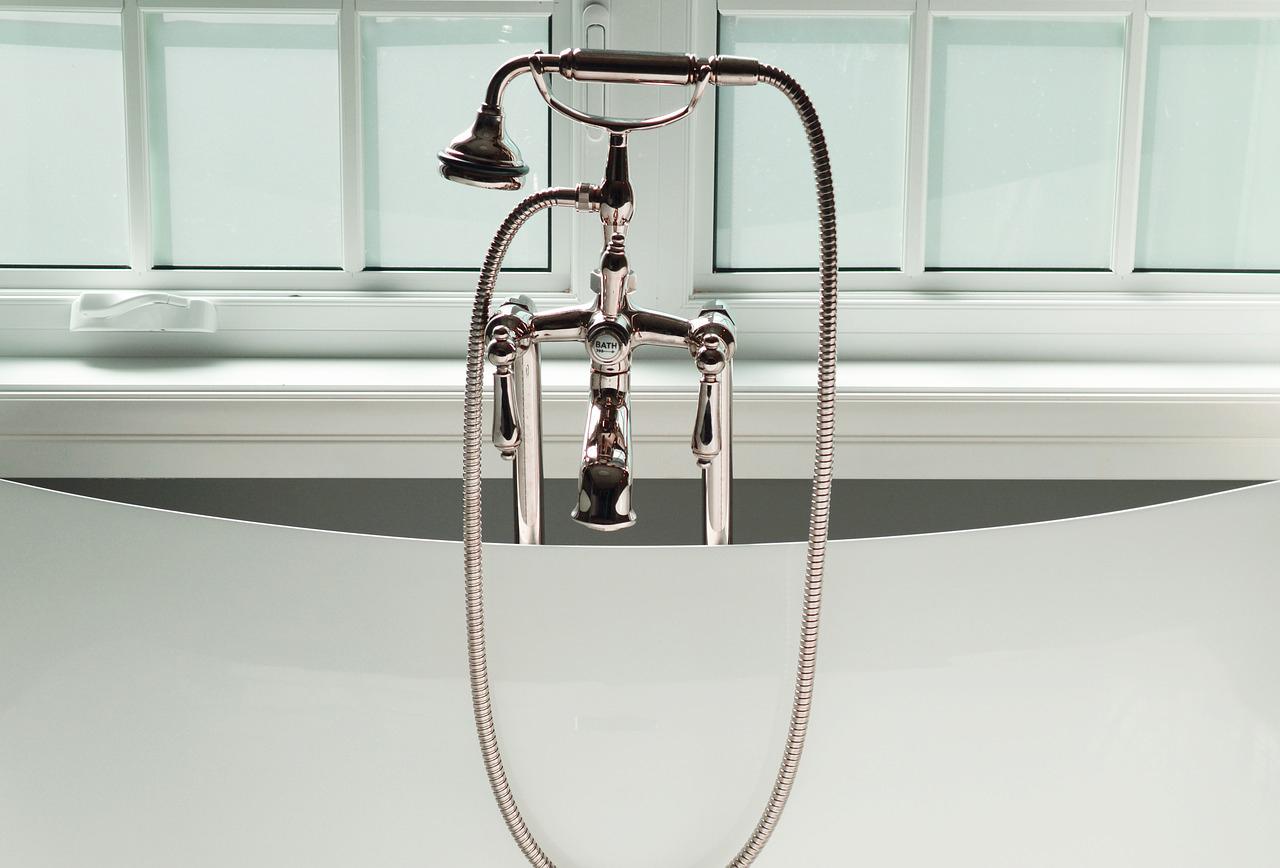 Wasserhahn Badezimmer